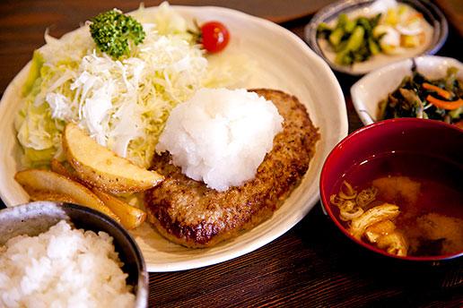 画像:ジャンボハンバーグ定食