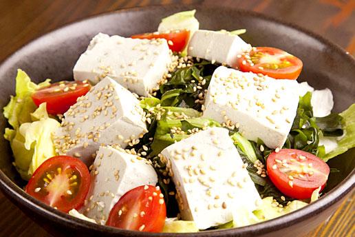 画像:豆腐サラダ