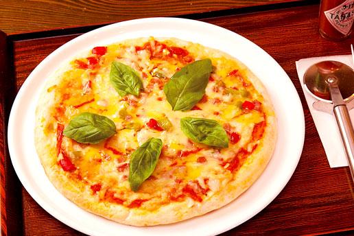 画像:特製ミックスピザ
